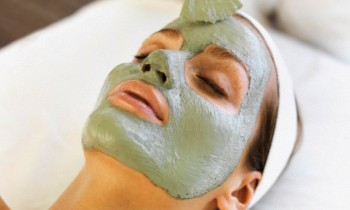Usage of Multani Mitti On Your Face