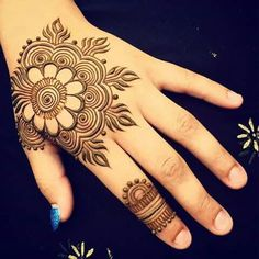 10 Beautiful Arabic Style Mehndi Designs